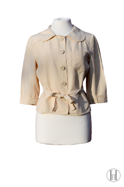 MaxMara vintage Beige Silk Blouse with belt, front