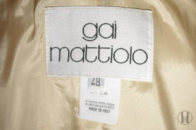 Gai Mattiolo Cream Blazer Label