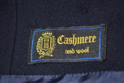 Vintage Cashmere Blazer Label